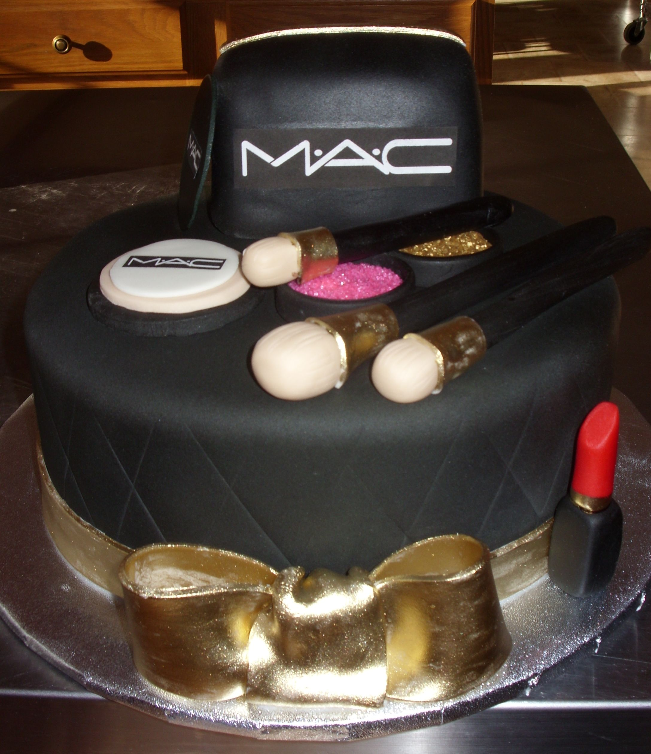 Mac Lipstick Cake Ideas The Art Of Beauty
